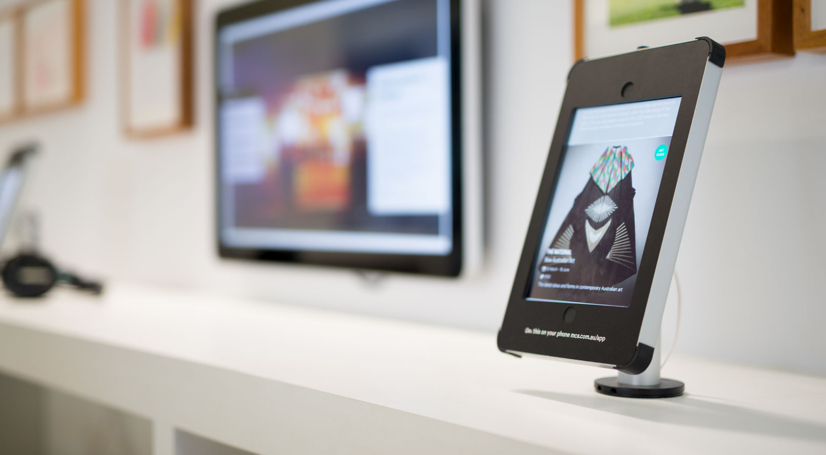 XDesk Tablet Enclosure for iPad in Exhibition